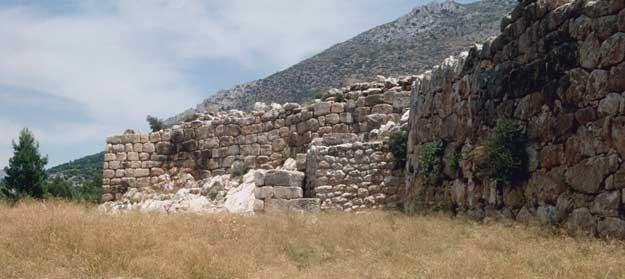 Mycenaean fortifications essay