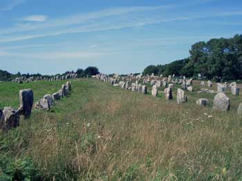 Carnac Stone Rows. Photo by Mike Peel (www.mikepeel.net)